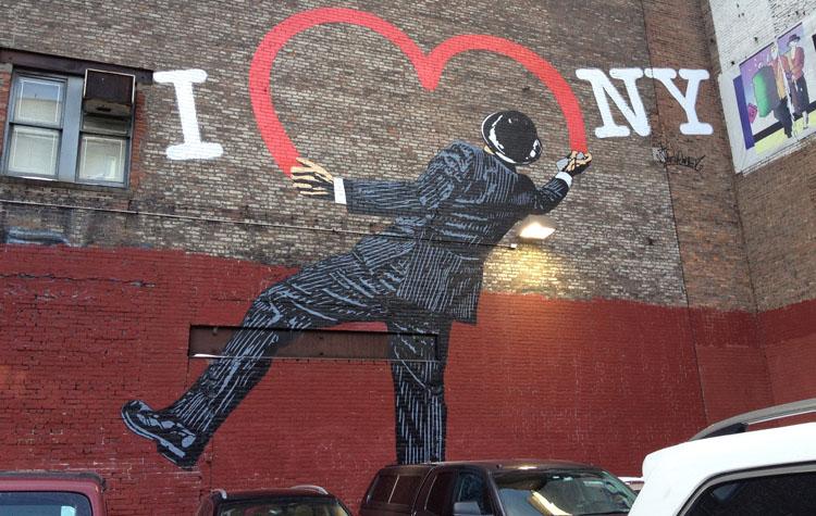Street Art Heart on new york wall
