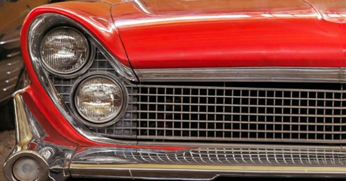 Red-Color-In-Vintage-Car